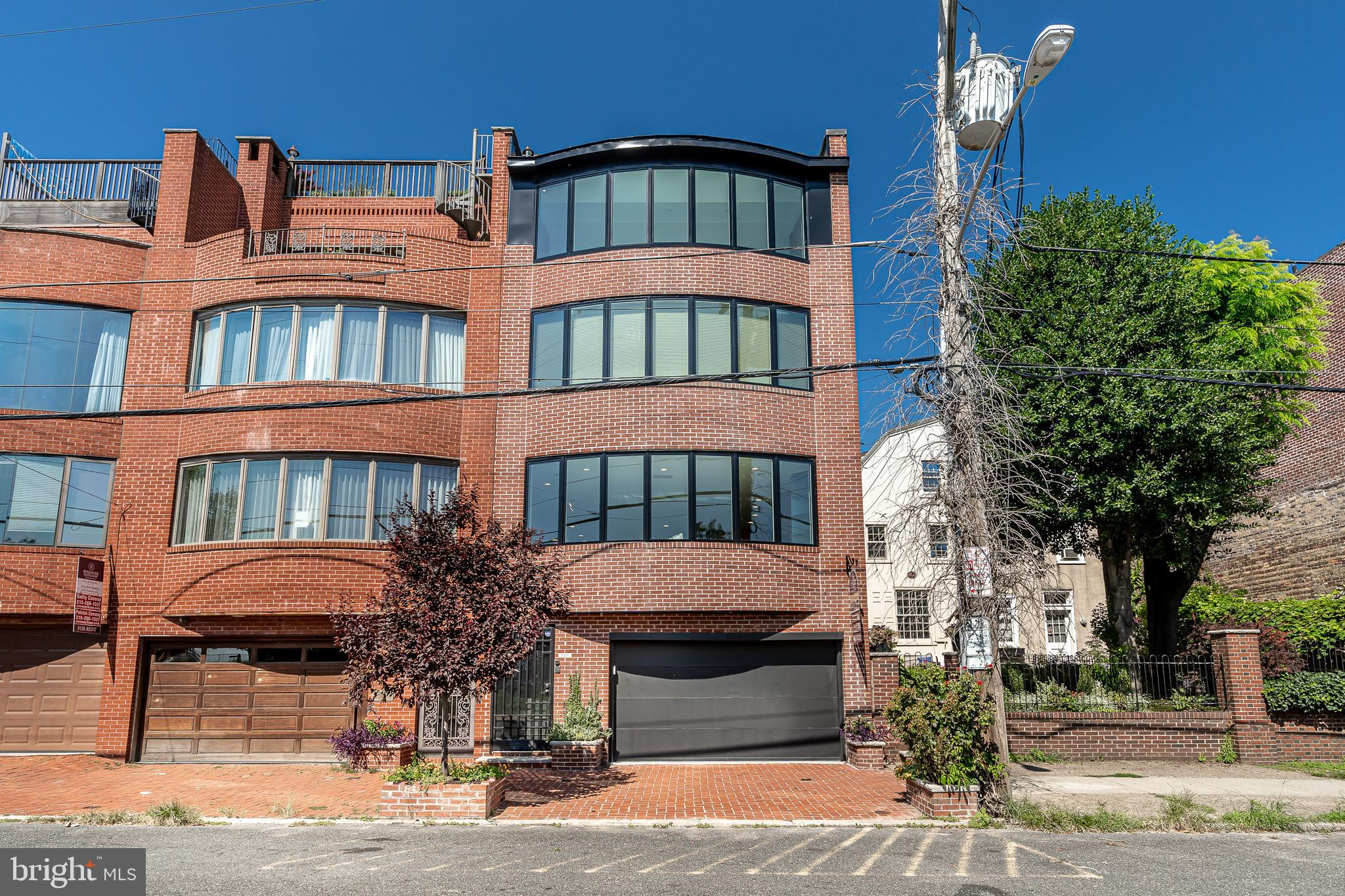 610 S FRONT STREET, PHILADELPHIA, PA 19147