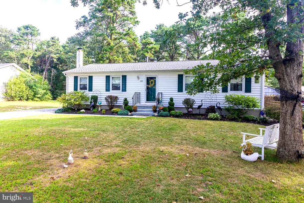 124  FENIMORE DRIVE, Williamstown in ATLANTIC County, NJ 08094 Home for Sale
