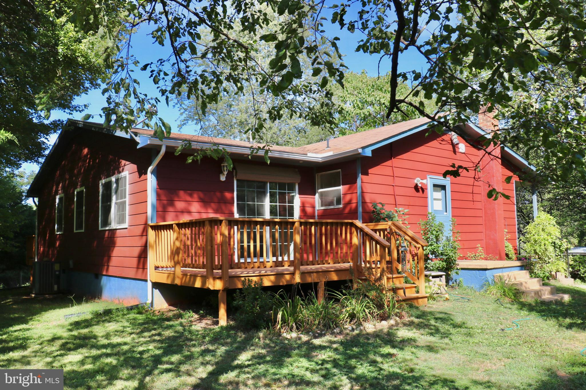 339 WHORTON HOLLOW ROAD, CASTLETON, VA 22716