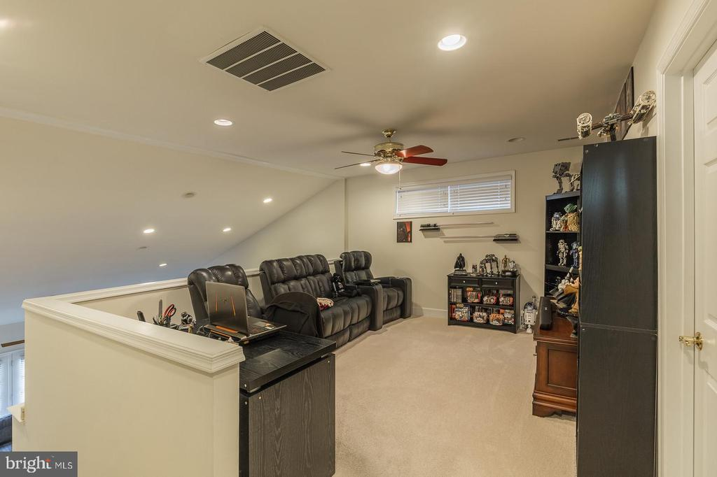 Photo of 8873 White Orchid Pl