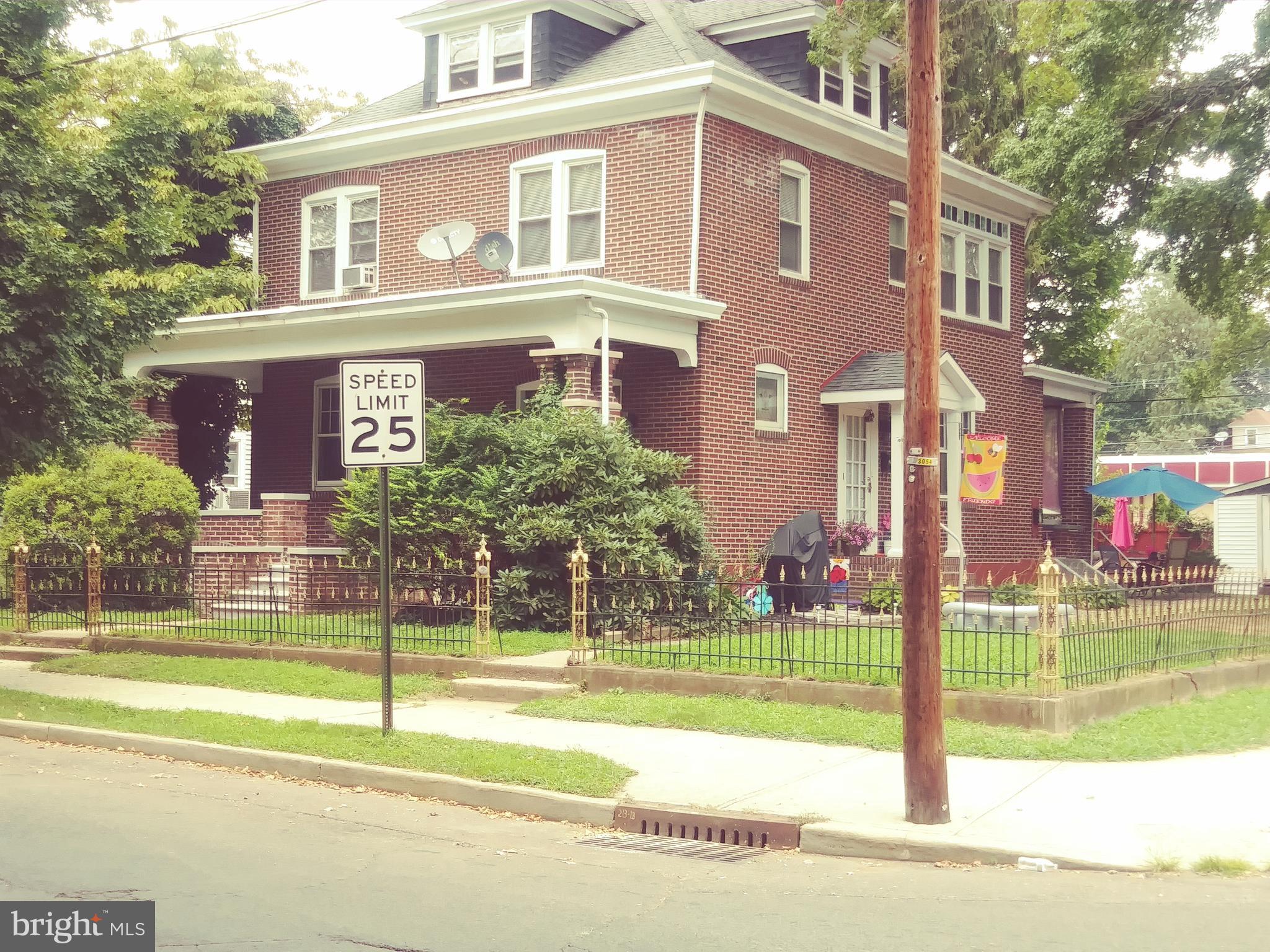 954 FRANKLIN STREET, TRENTON, NJ 08610