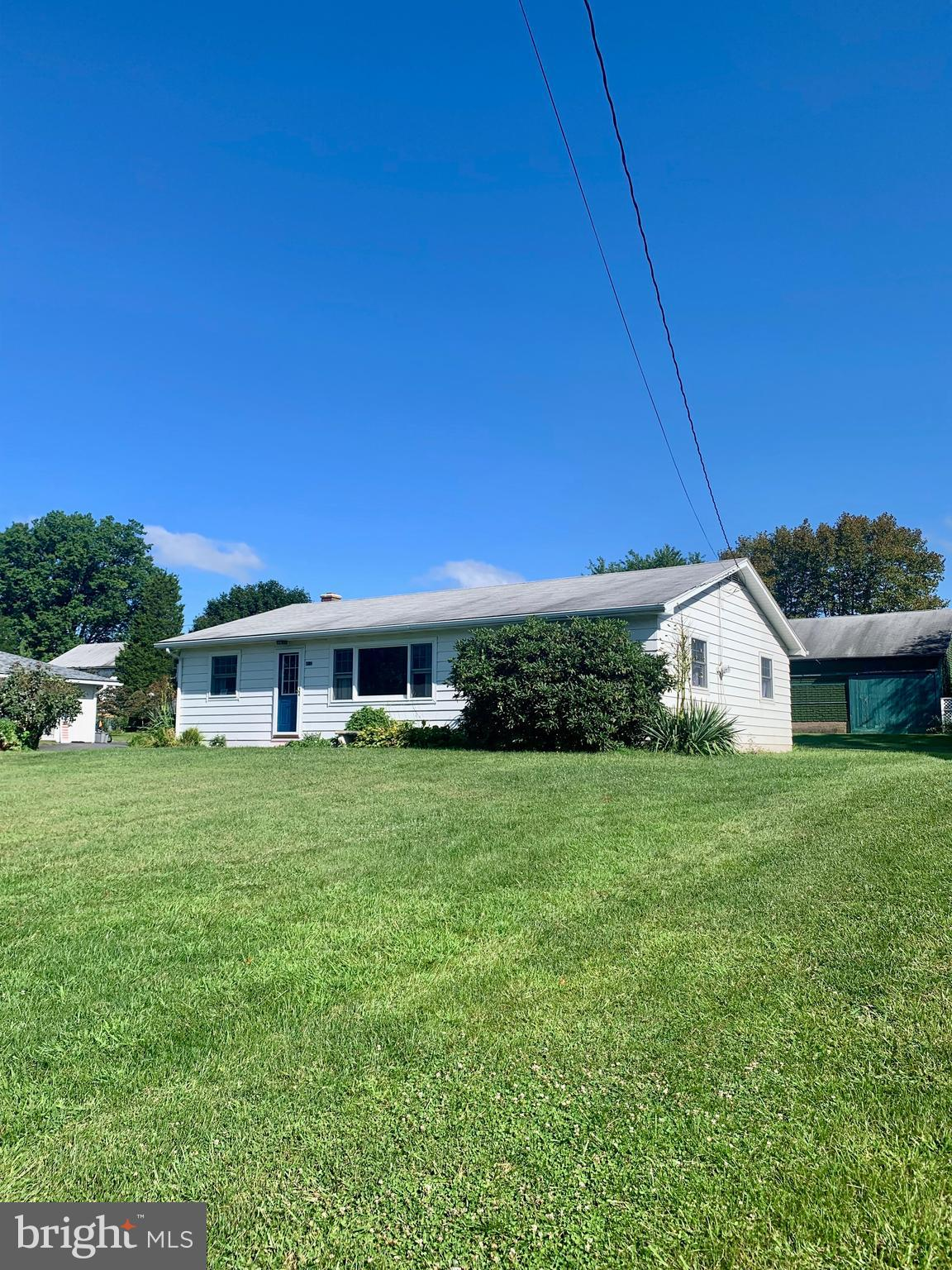 410 W MAPLE STREET, VALLEY VIEW, PA 17983