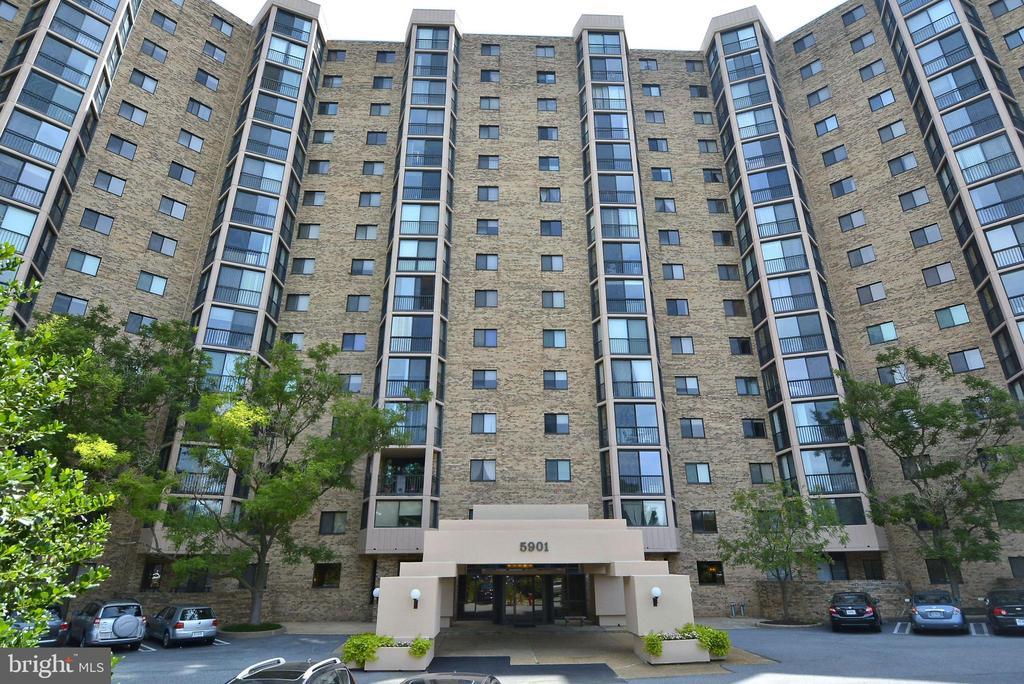 5903 Mount Eagle Dr #1407, Alexandria, VA 22303
