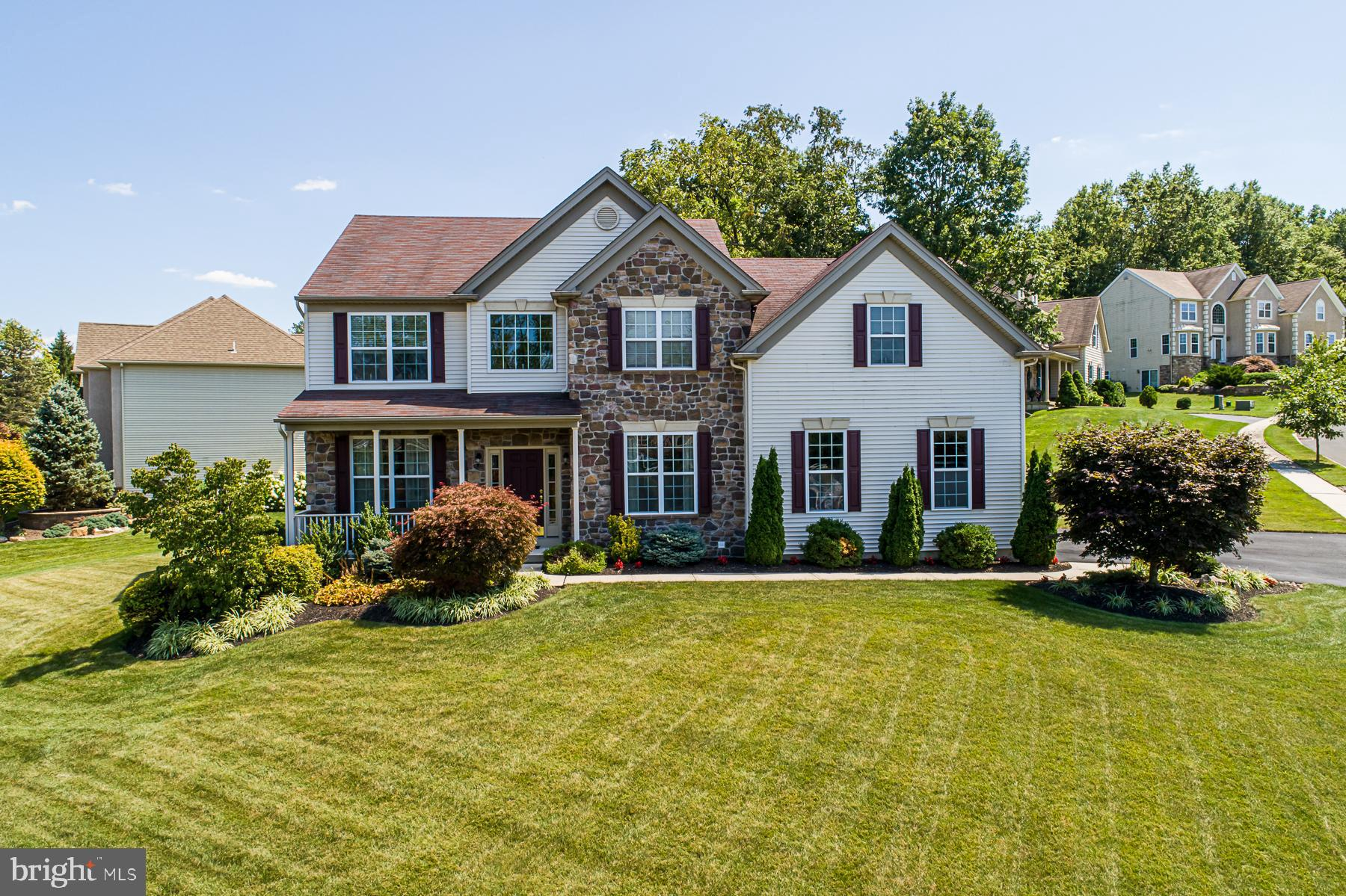 4750 BRITTANY HILL, CENTER VALLEY, PA 18034