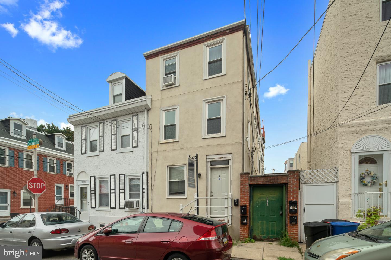 1037 Crease St, Philadelphia, PA, 19125