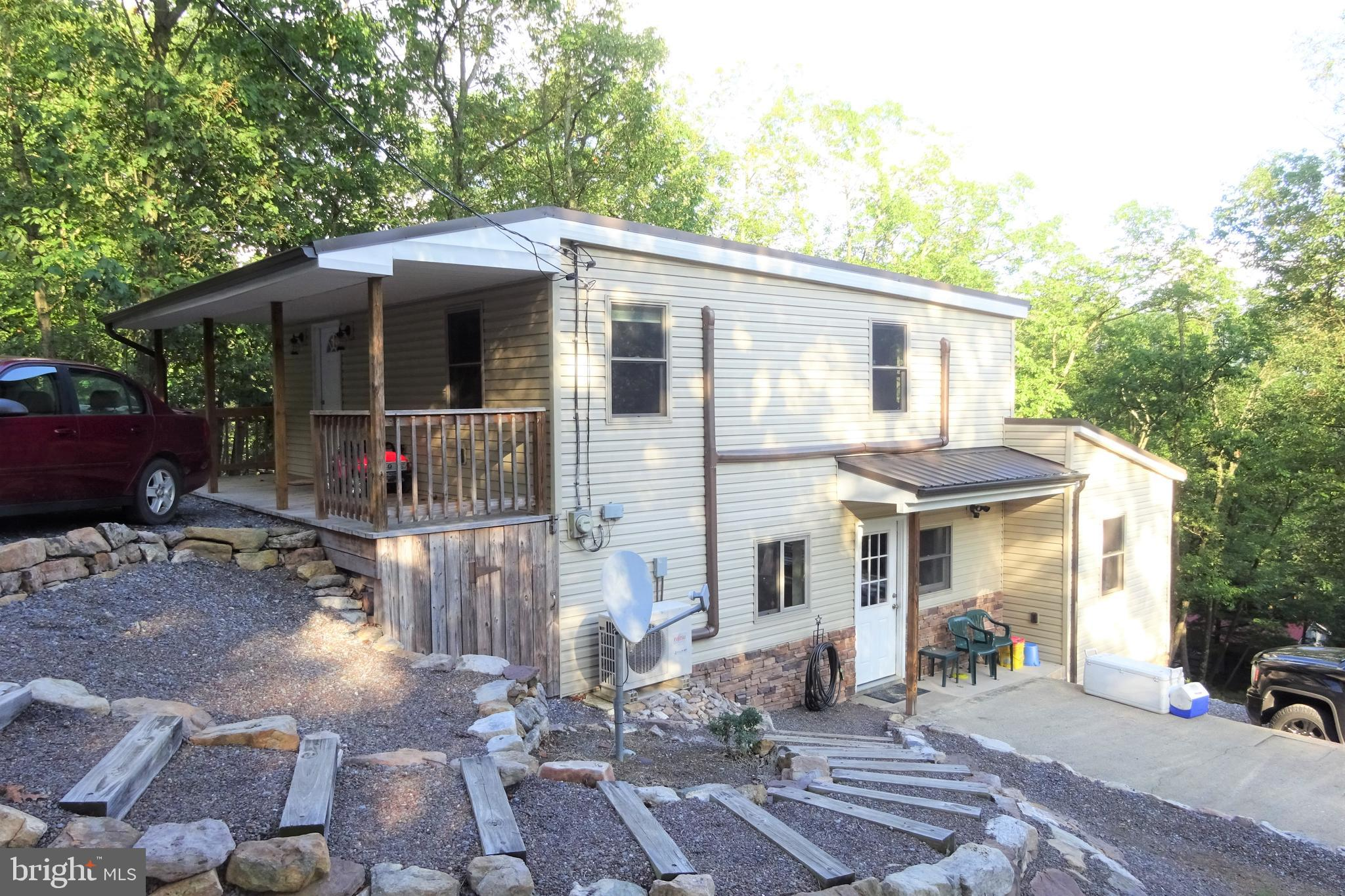 5720 SQUIRREL ROAD, FORT LOUDON, PA 17224