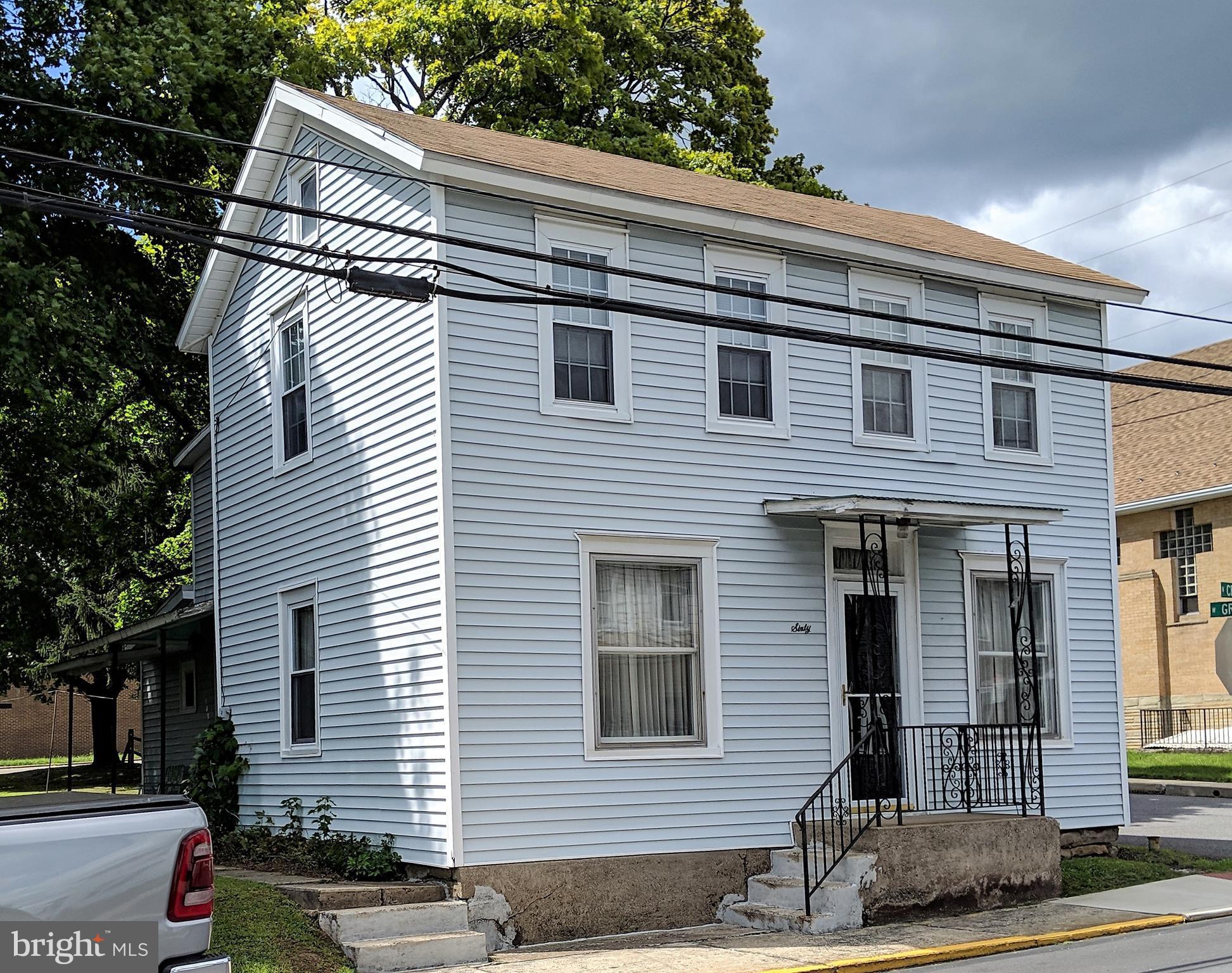 60 N CENTER STREET, RINGTOWN, PA 17967