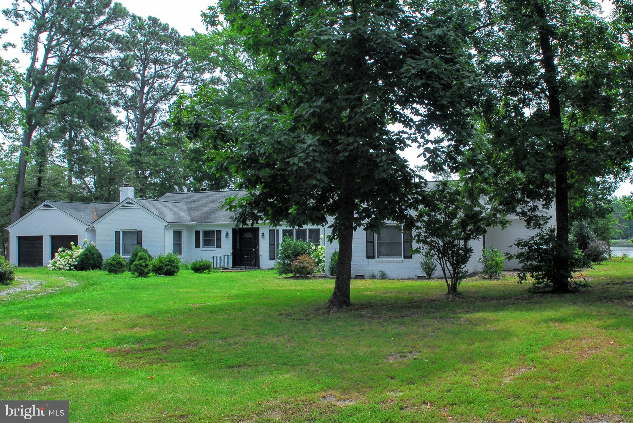 247 FARRIERS ROAD, WHITE STONE, VA 22578
