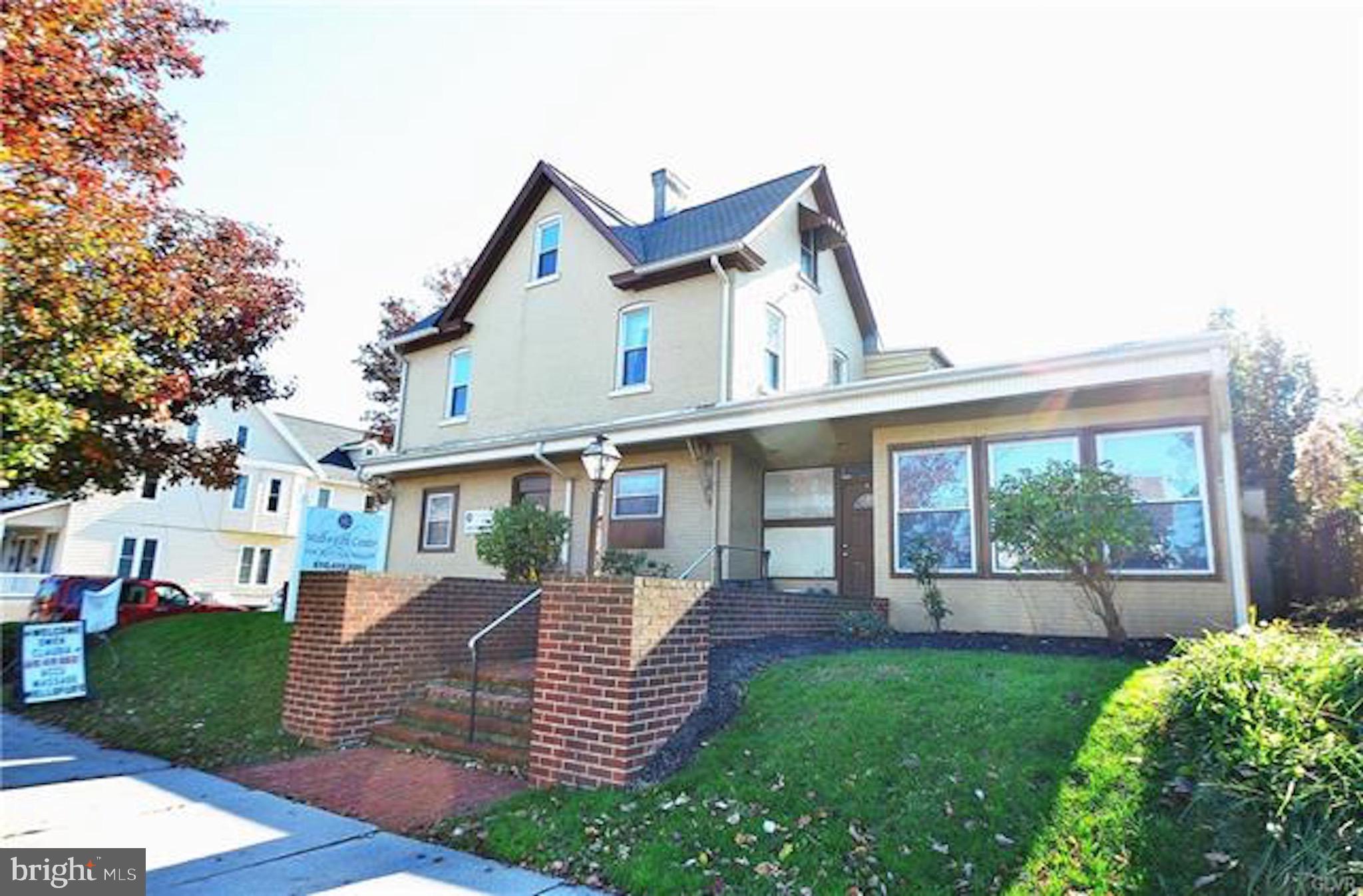 801 W BROAD STREET, BETHLEHEM, PA 18018
