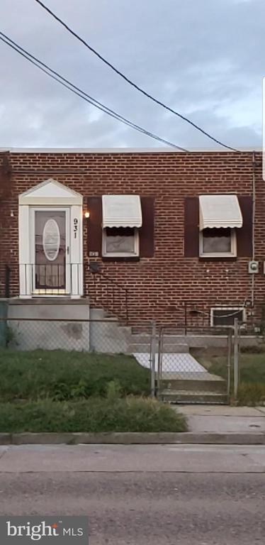 931 W BROWNING ROAD, BELLMAWR, NJ 08031