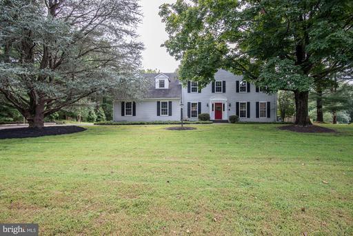 13631 Glenhurst Rd, North Potomac, MD 20878