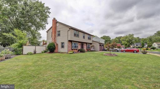 4108 Meadow Hill Ln, Fairfax, VA 22033