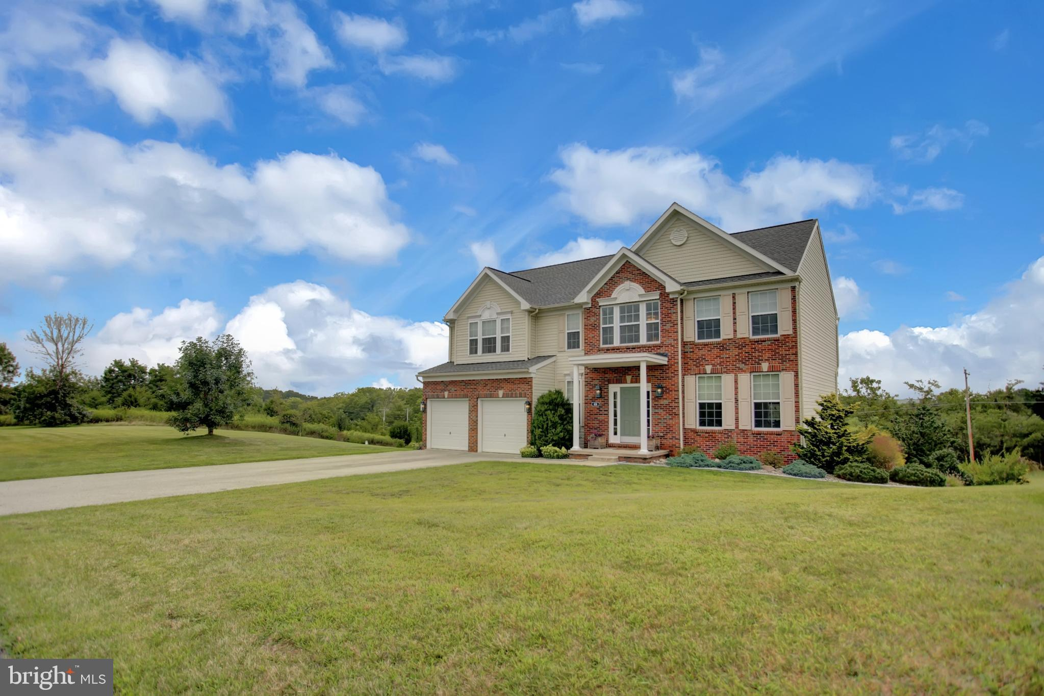 820 QUAKER MEETING ROAD, DOVER, PA 17315