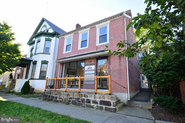 126 E BROAD STREET, BETHLEHEM, PA 18018