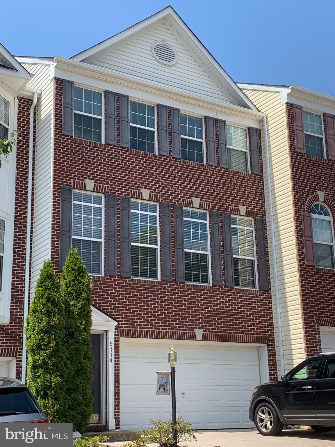 Beautiful & bright, 3 Bedroom, 3.5 Bath, Brick FrontTownhome in South County School Pyramid! Hardwood floors on main level. New Hardwood stairs installed in 2018. New Upper level wood style laminate flooring installed in 2018. Large Kitchen with newer Stainless Steel Appliances. Master Suite with Tray Ceiling.  Luxury Bath with dual vanities, separate tub and shower. Ceramic Tile in all Baths. HVAC replaced in 2016. Excellent proximity to highways, shopping & restaurants. Neighoborhood has Outdoor Pool, Community Center, Tennis Courts and Sports Courts.