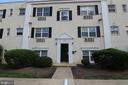 2301 Farrington Ave #104