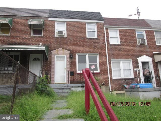 Estate Sale, tenant occupant, affordable 2 Bedroom 2 bath eat in kitchen to open walkout deck with stairs to backyard in Graceland Park.  Concrete parking pad with the storage shed in the backyard. The basement contains a potential 3rd bedroom. This is Perfect property for investor. Home is being sold AS-IS, Seller will make no repairs. Buyer to verify ground rent if one exist, Seller will not redeem.