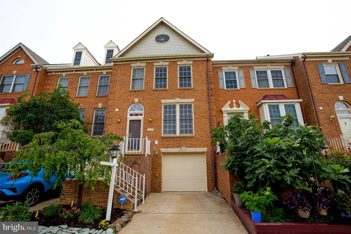 Immaculate brick front TH with one car garage. Great Location. Convenient to transportation. Offers 2 MBR suites with lofted ceiling and private BA. Lots of upgrades like newer roof, AC, Hardwood in all bedrooms etc.