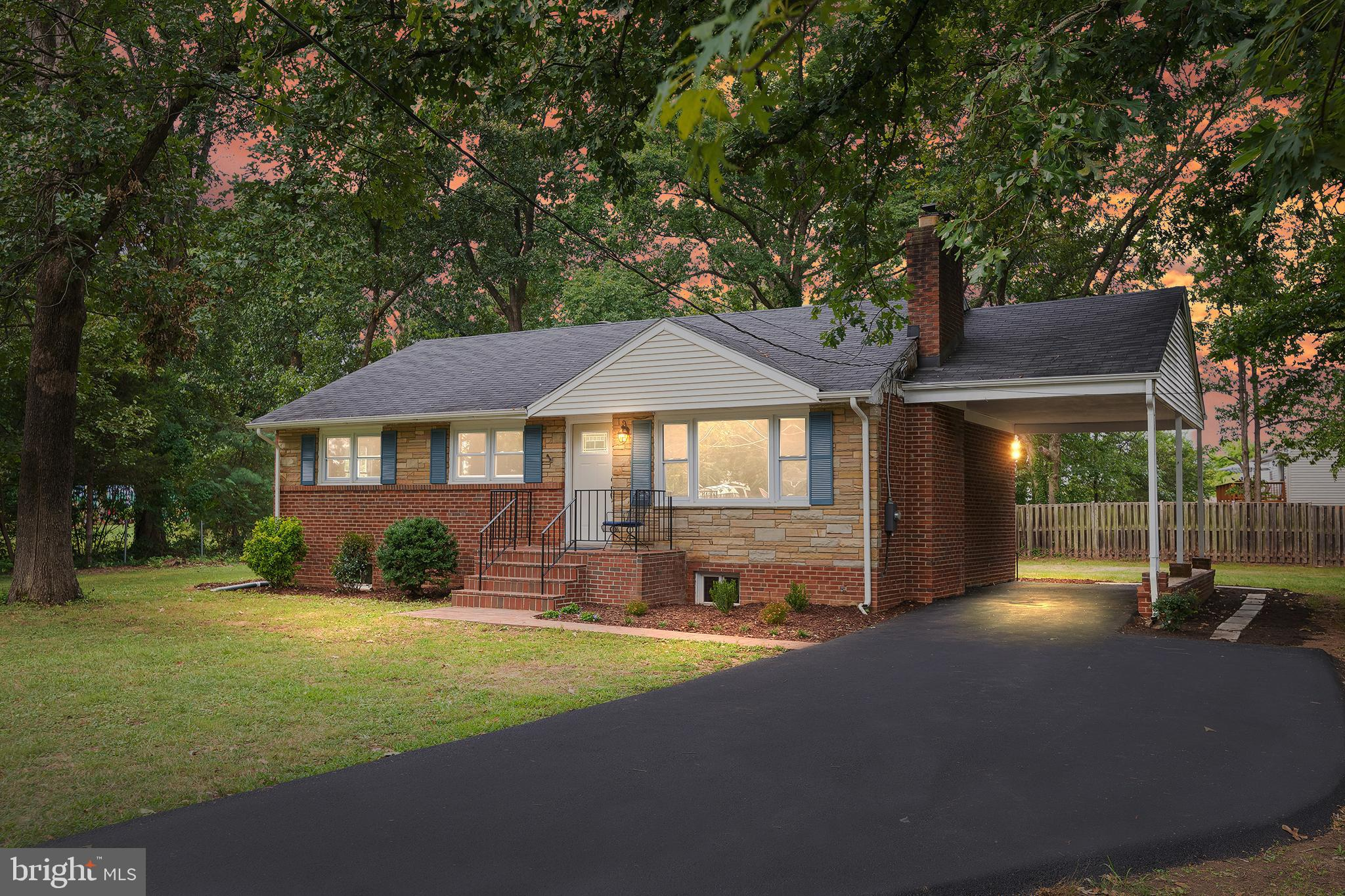 A MUST SEE! TURN KEY! CHARMING 4BR LOCATED ON A HALF ACRE IN THE PRIVATE BEVERLY FOREST NEIGHBORHOOD! LOCATED A HALF-MILE FROM METRO STATION / FAIRFAX PARKWAY / I95! SHORT METRO RIDE TO AMAZON HQ2! MINUTES AWAY FROM NGA HQ AND FUTURE TSA HQ! NEW KITCHEN! NEW BATHROOMS! NEW / REFINISHED FLOORS! NEW EVERYTHING! NO HOA! CORNER LOT WITH LARGE YARD FOR OUTDOOR ACTIVITIES! BEAUTIFULLY REFINISHED LIVING ROOM WITH A FUNCTIONAL FIREPLACE! BRAND NEW KITCHEN WITH NEW SS APPLIANCES! GAS STOVE! OPEN CONCEPT FROM KITCHEN / DINING! MAIN LEVEL MASTER! BACK DECK FOR ENTERTAINING / GRILLING! STORAGE SHED! YOUR OWN EXERCISE / FLEX ROOM! MEDIA ROOM! OVERSIZED NTC BEDROOM! WALK-UP! YOU DO NOT WANT TO MISS OUT ON THIS RARE OPPORTUNITY TO OWN A QUIET PROPERTY IN DESIRABLE FAIRFAX COUNTY!