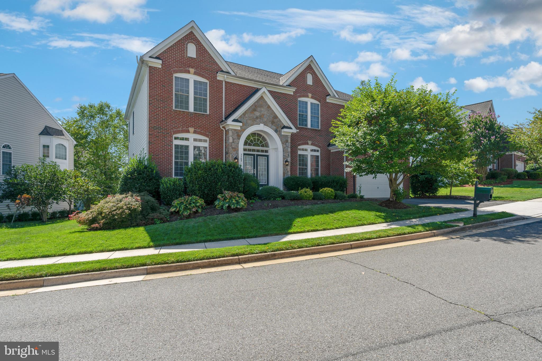 Price Reduced  and 10k credit toward carpet & cosmetic paint. One of the largest executive homes in Presidential Hills with 4,840 sqft of above grade living space and a fully finished basement to bring approximately 7,000 sqft of total living space. Home features 10 ft ceiling on main level and 9 ft ceiling on the upper level, a gourmet kitchen with high-end stainless steel appliances, granite counter-tops, porcelain tile floors and custom built cabinets.  Plenty of space to entertain and host gatherings, this home has a spacious great room on the main level and a second family room on the upper level.  Exterior of the home features a low maintenance composite wood deck and a 6 zone in-ground sprinkler system.  Recent renovations to the home include kitchen (2015), master bath (2015), two new HVAC systems (2016), and a new roof (2018).  Easy access to 395/495 and 2 miles from the metro.