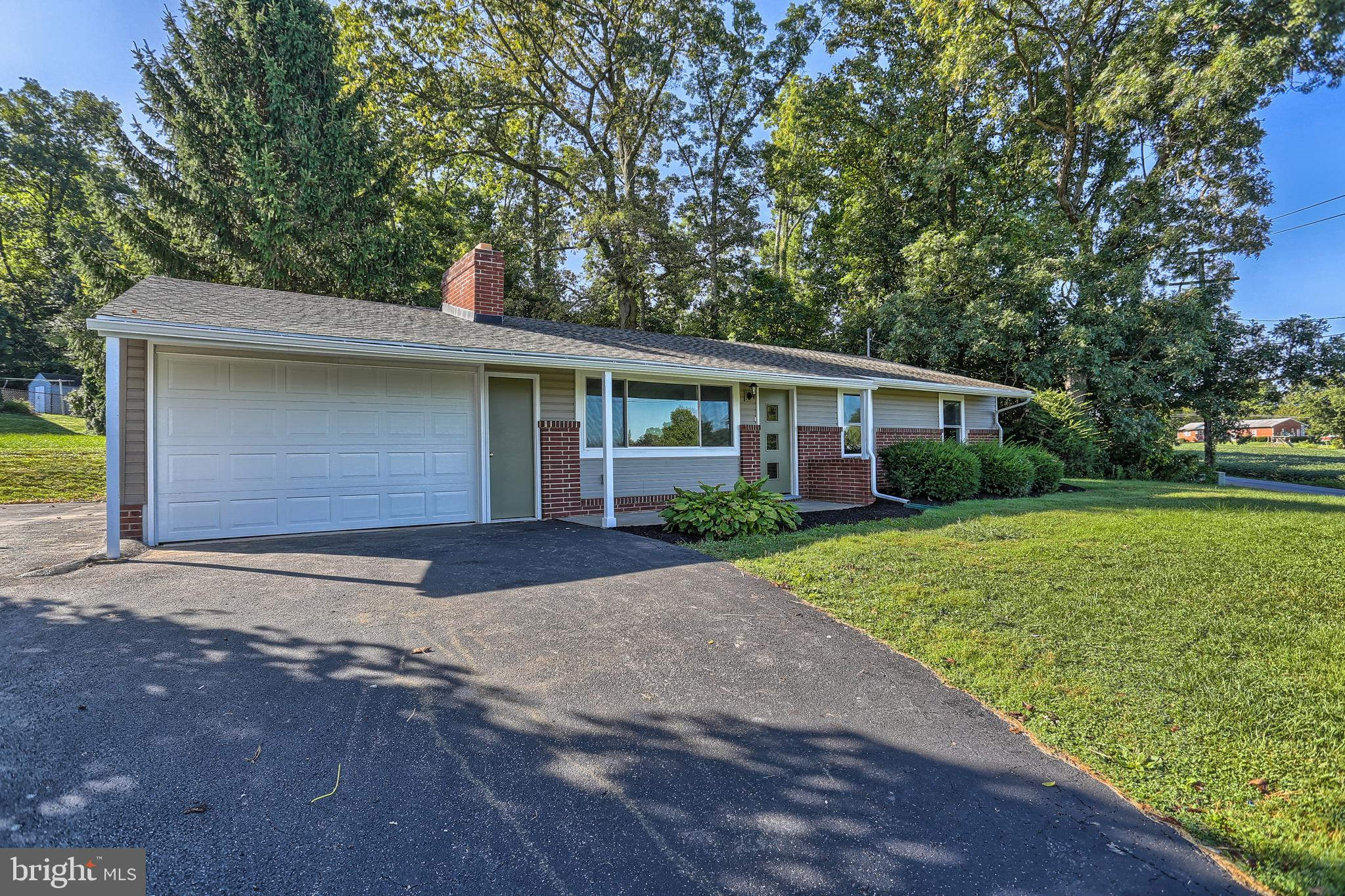 155 COVENTRY ROAD, DALLASTOWN, PA 17313