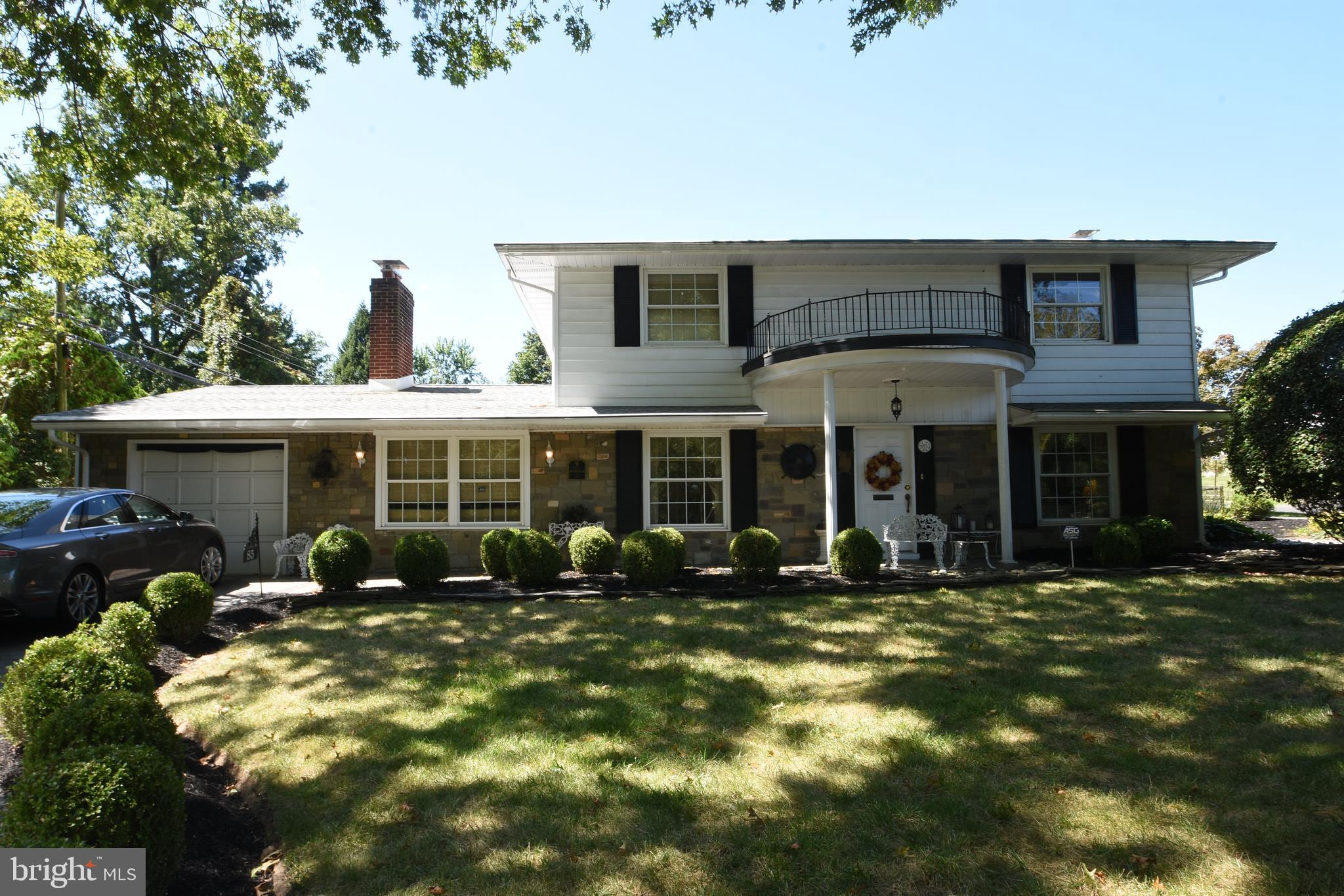 85 TOWNS ROAD, LEVITTOWN, PA 19056