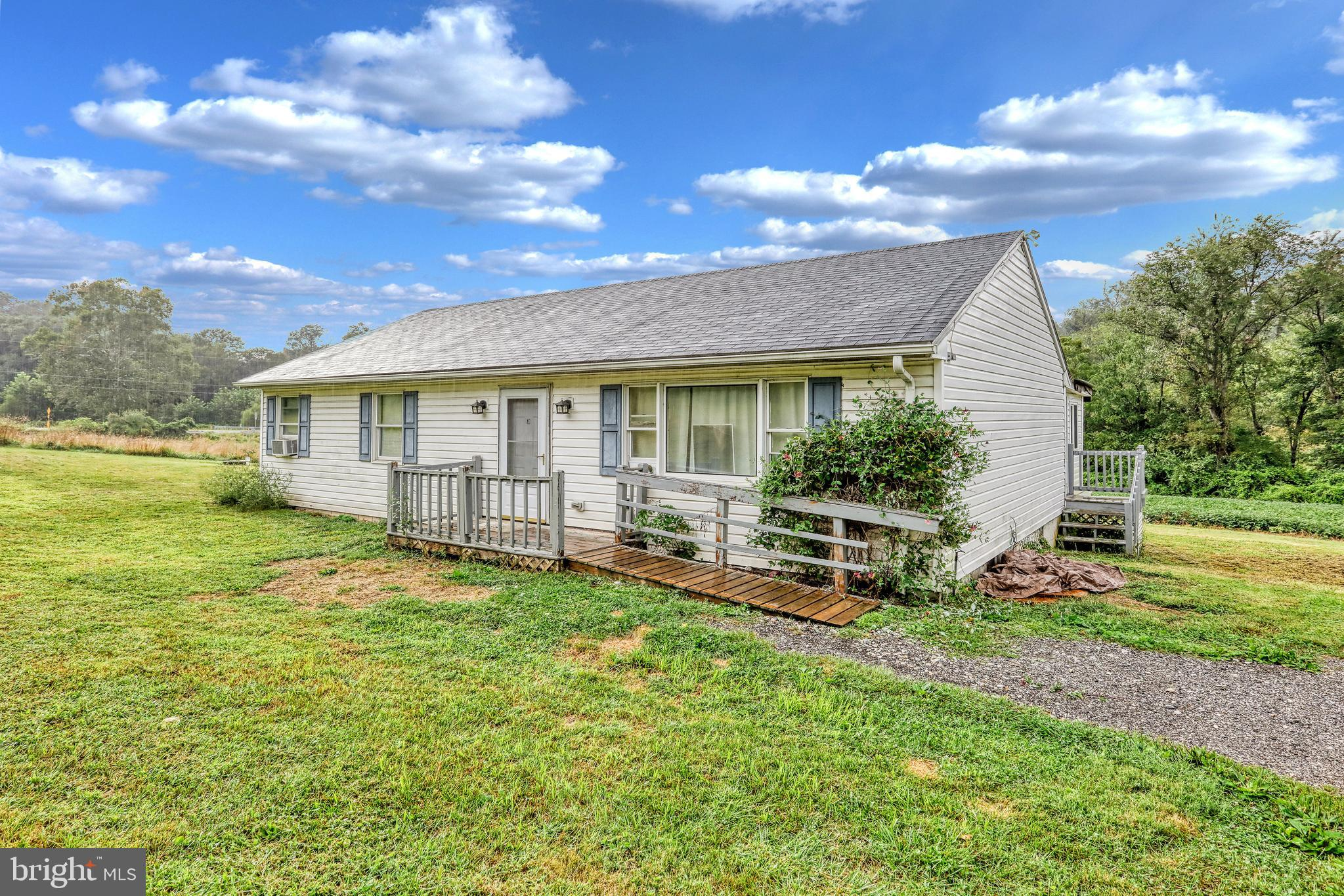 9195 WOODBINE ROAD, AIRVILLE, PA 17302
