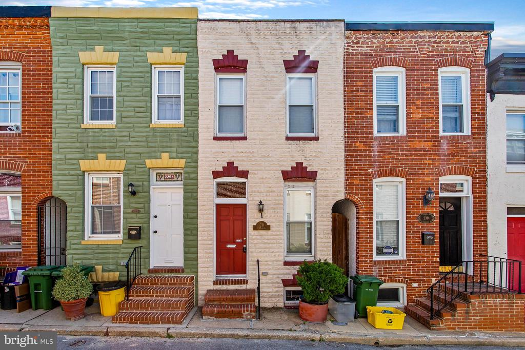 Affordably Rent in this popular family friendly neighborhood! Come see this Charming 2 bedroom, one and a half bath rowhome located just steps away from Patterson Park. Perfect for any Home Buyer looking to enjoy great city life with walkability to Fells Pt, Canton, local shops, restaurants, bars, and night life. Comes with new carpet, central air, dishwasher, washer/dryer, new basement water proofing system. Basement has plenty of storage space. And backyard offers a lovely enclosed brick patio for entertaining. Don't miss the opportunity to live here!