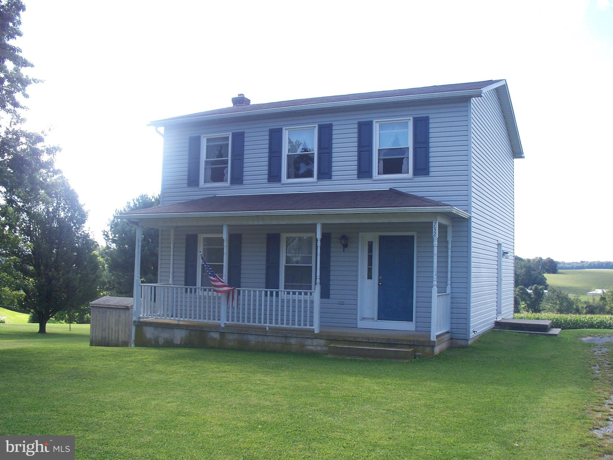 732 OLD COMMONS ROAD, WINDSOR, PA 17366