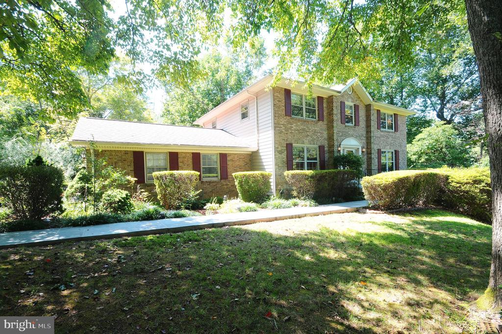 11107  BRADDOCK ROAD, Fairfax, Virginia