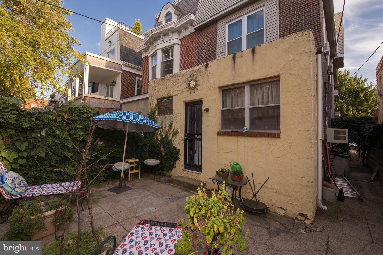 1315 Castle Avenue Philadelphia , PA 19148