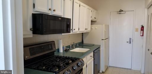 4141 Henderson Rd #616