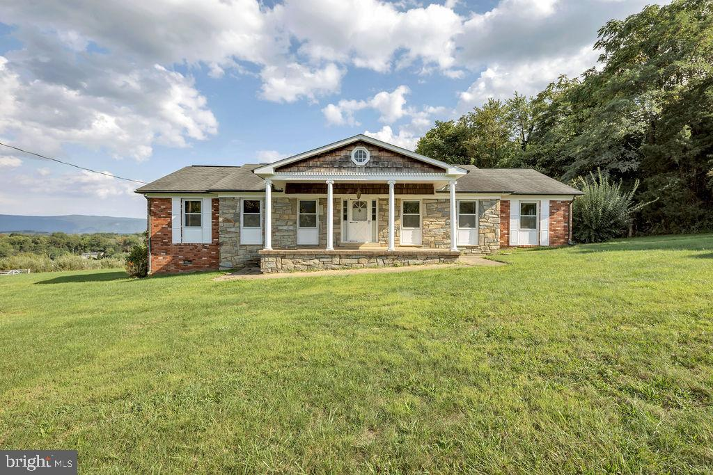 10622 BACK ROAD, MAURERTOWN, VA 22644