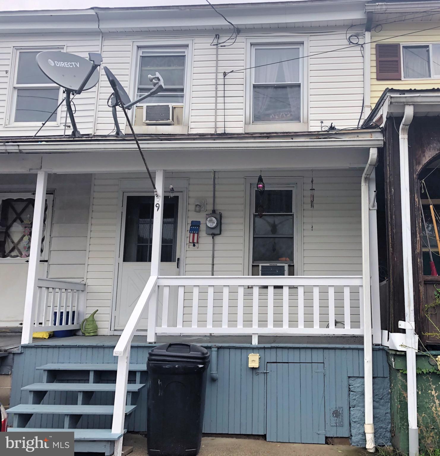 9 S PINE STREET, TREMONT, PA 17981