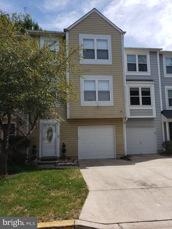11103  WEATHERBURN PLACE, Gaithersburg in MONTGOMERY County, MD 20879 Home for Sale