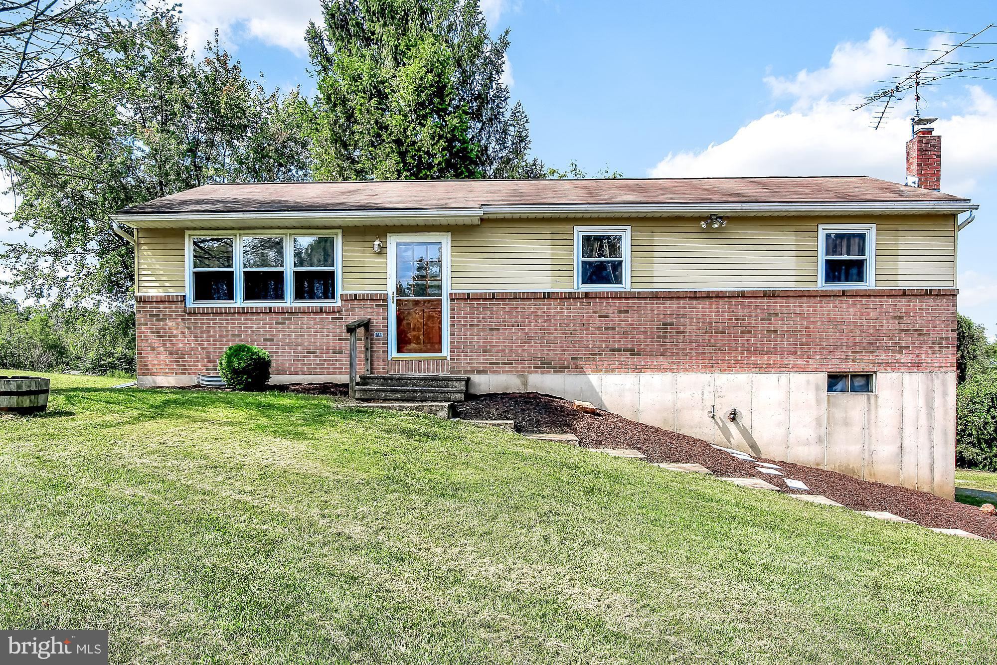 20 NORTH ROAD, ROBESONIA, PA 19551