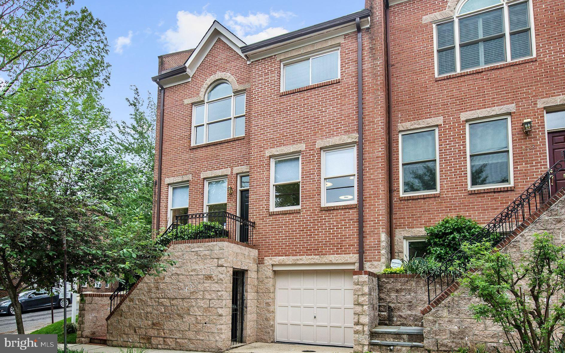 2120 Observatory Place Nw, Washington, DC 20007 | RE/MAX Gateway