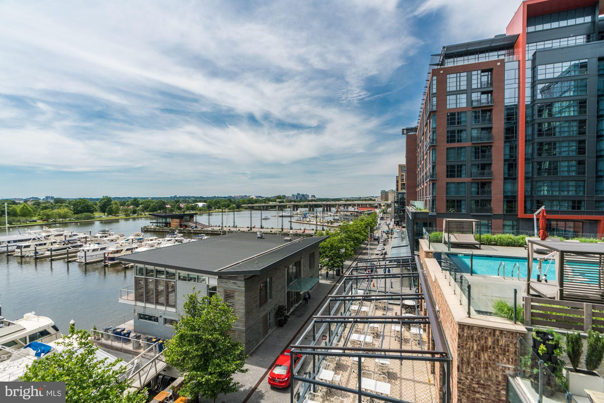 45 SUTTON SQUARE SW 408, WASHINGTON, DC 20024