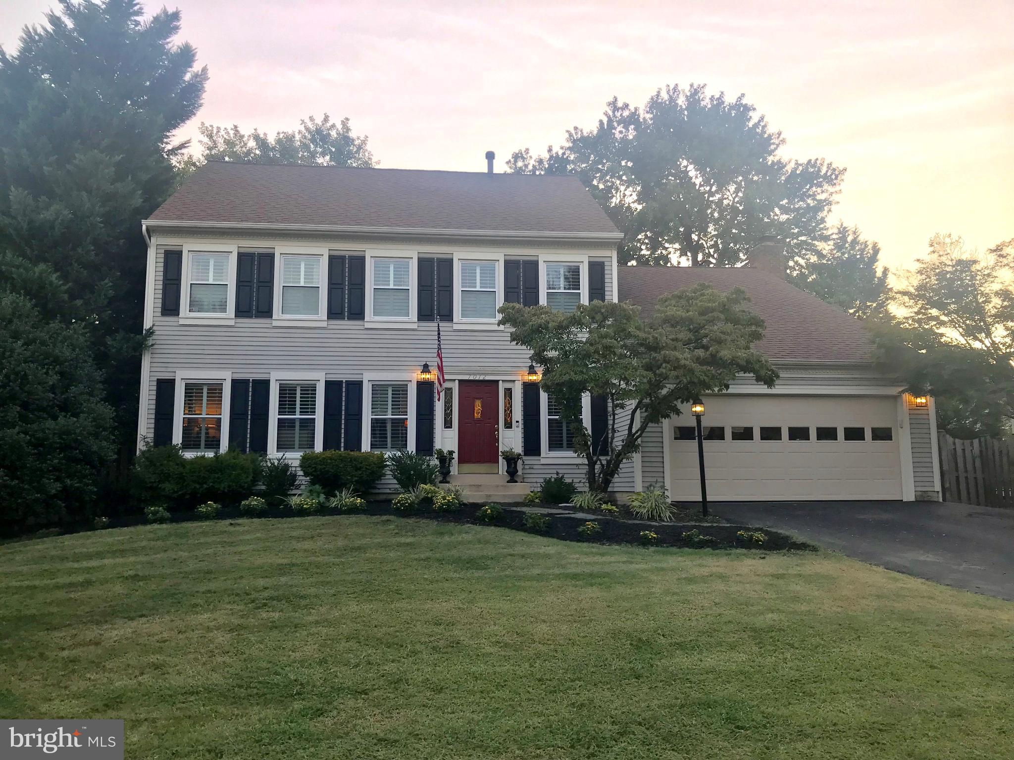 STUNNING Colonial minutes from Old Town Alexandria & Ft. Belvoir, 9 miles from DC, on a cul-de-sac street in Lake D'Evereux subdivision. Kit w/ SS appliances & granite counters. Breakfast area w/ bay window. Seperate Formal Din Rm. Family Rm w/Cozy Fireplace & Walkout to Sunroom and large deck with private tree lined- backyard. Huge MBR w/ cathedral ceilings, updated MB with Jacuzzi/sep shower.
