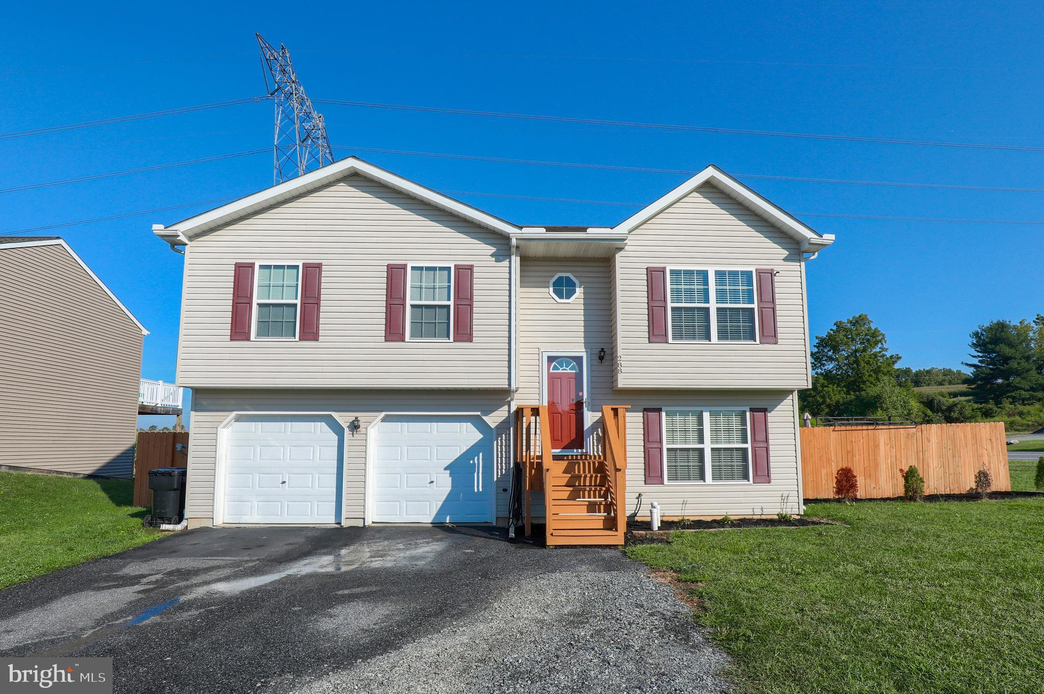 288 CYPRESS, BAINBRIDGE, PA 17502