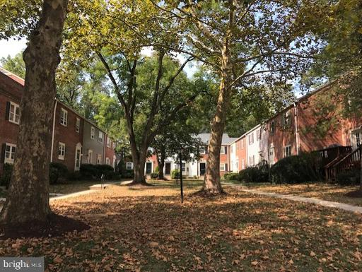 6620 Hillandale Rd, Chevy Chase, MD 20815