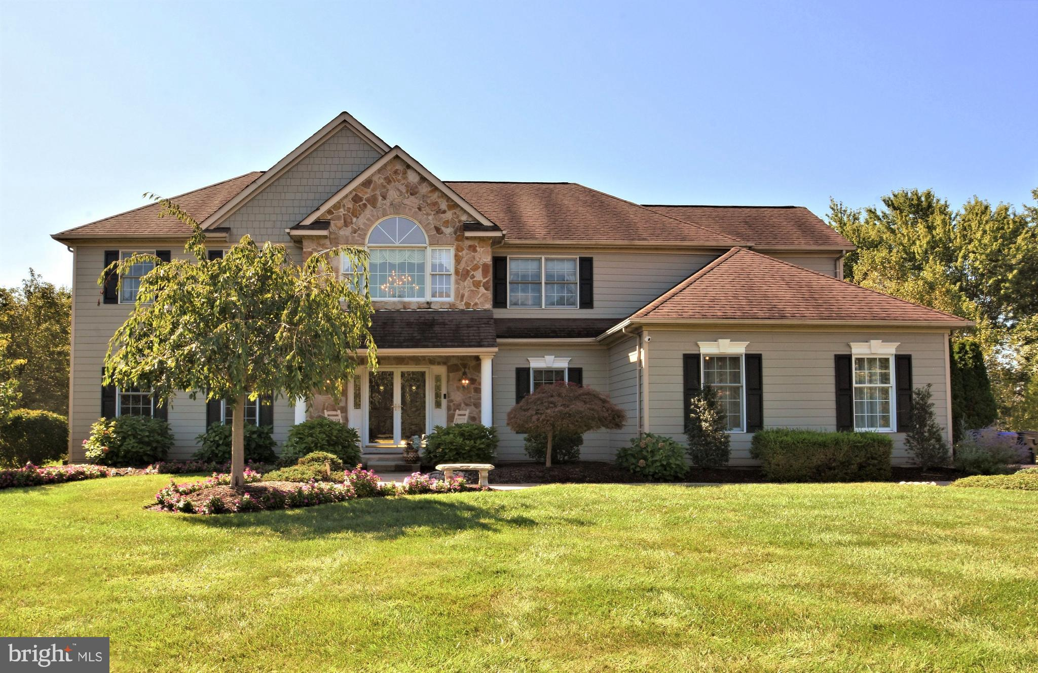 250 AMOUR CIRCLE, BLUE BELL, PA 19422