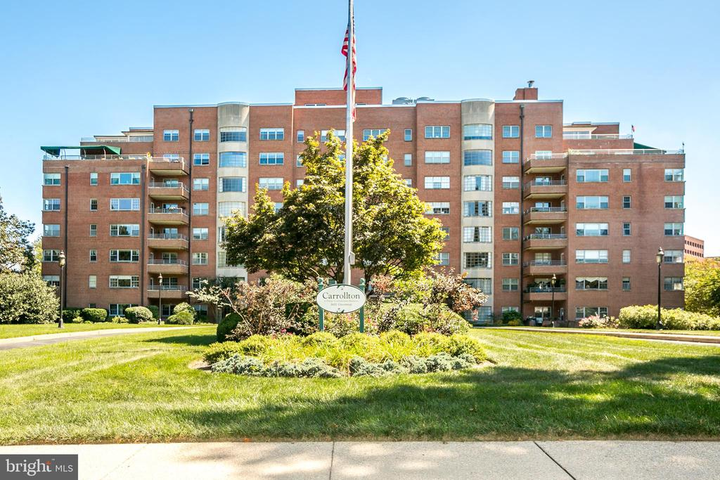 REDUCED! Welcome to mid century architecture at its finest. Quality constructed in 1955 supporting the best lifestyle during the best of times. The building is well preserved, carefully maintained and  updated as needed. It has a welcoming lobby with very friendly receptionists. The building has excellent security. Its large park like front yard is a landmark. Unit 408 is larger than many 2 bedroom units built today, at 942 sq ft. It has exceptional closet space including a large walk in and a pantry. The ceilings are nine feet tall. NO POPCORN CEILINGS!  Nine replaced high efficiency windows provide much daylight and nice views from every room. The downtown skyline is viewed from the bedroom and living room. The living room features a picture window, popular during the era. The bedroom has two windows at an outside  corner - also popular during the period. The apartment is spotless, recently refreshed with fresh paint and many updates. The dominant color is light grey and white, popular during the period. Appliances are new and nearly new, The vintage kitchen cabinets have been carefully refurbished and enhanced by beautiful new granite counters, sink and faucet and chrome hardware. The kitchen floor is a new hard surfaced floor. The original hardwood parquet floors are gleaming. All light fixtures are new as well as many other items.  A deeded parking space is included. (P1056) is conveniently located in the secure attached garage. The floor plan  provides some flexible uses. The dining room could be a den or study as the huge living room could be used as a living room dining room combo. When guest visit, the condo offers guests suites at very reasonable rates. Unit 408  is well maintained and updated. The condo fees include great service, and most utilities including heat and air conditioning. The fees are less expensive than they are in some other nearby buildings.The location is great. It is very walkable and near many of Baltimore's greatest attractions and bu