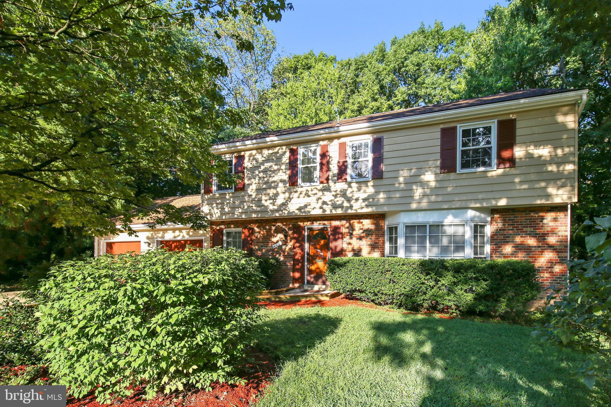 High demand West Springfield 4 bedroom 2 story Colonial located on a private Cul-de-sac lot. Wonderfully updated with refinished hardwood floors, great open kitchen with all new stainless steel appliances, granite counter tops and a breakfast area that walks out to a screen porch and large deck that overlooks the private and wooded back yard. The main floor also features a sun filled living room. formal dining room, den/office, and a family room with fireplace. The second floor offers 4 good sized bedrooms including the master suite with full master bath. Additional features of this home include a new roof, newly painted exterior, over sized 2 car garage, and a walkout basement. Great schools and a prime location make this home highly desirable.