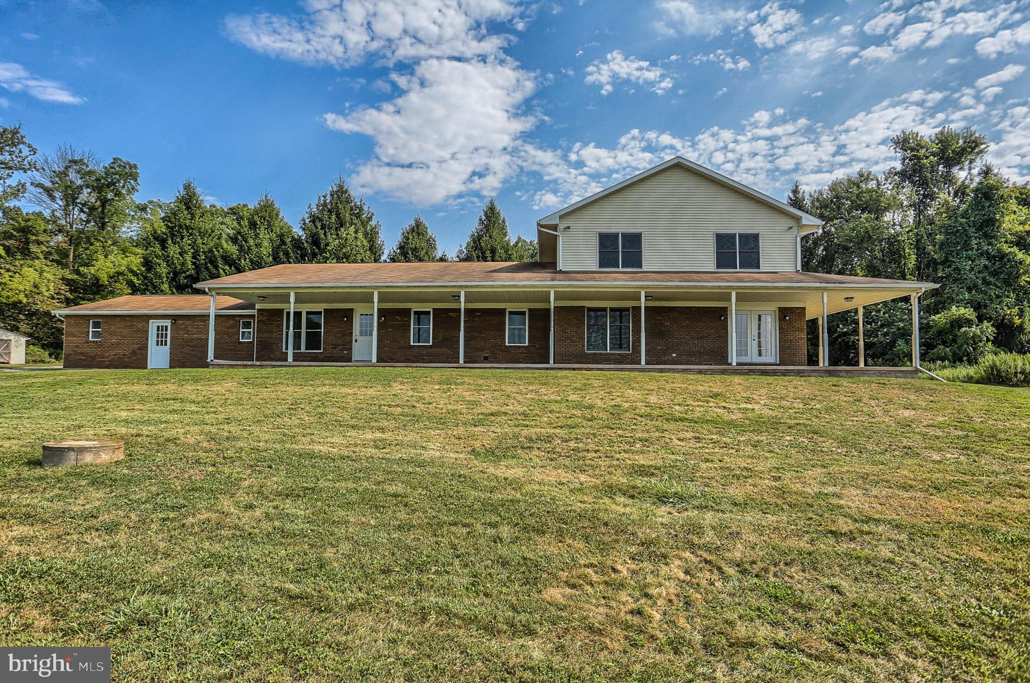 429 OLD STAGE ROAD, LEWISBERRY, PA 17339