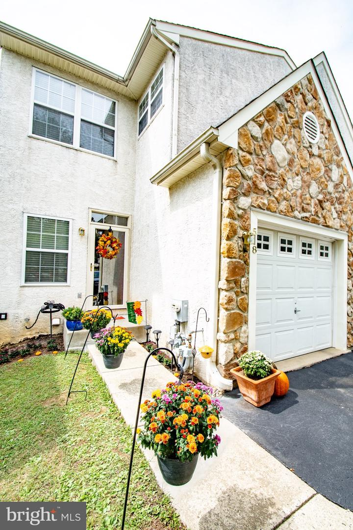 518 Cork Circle West Chester , PA 19380