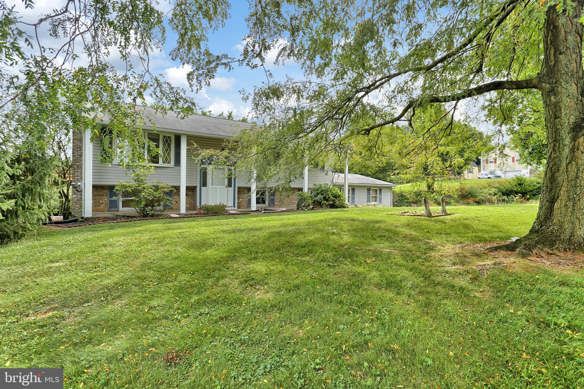 97 ORCHARD ROAD, NEW PARK, PA 17352