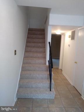 3405 Castle Hill Dr, Woodbridge 22193