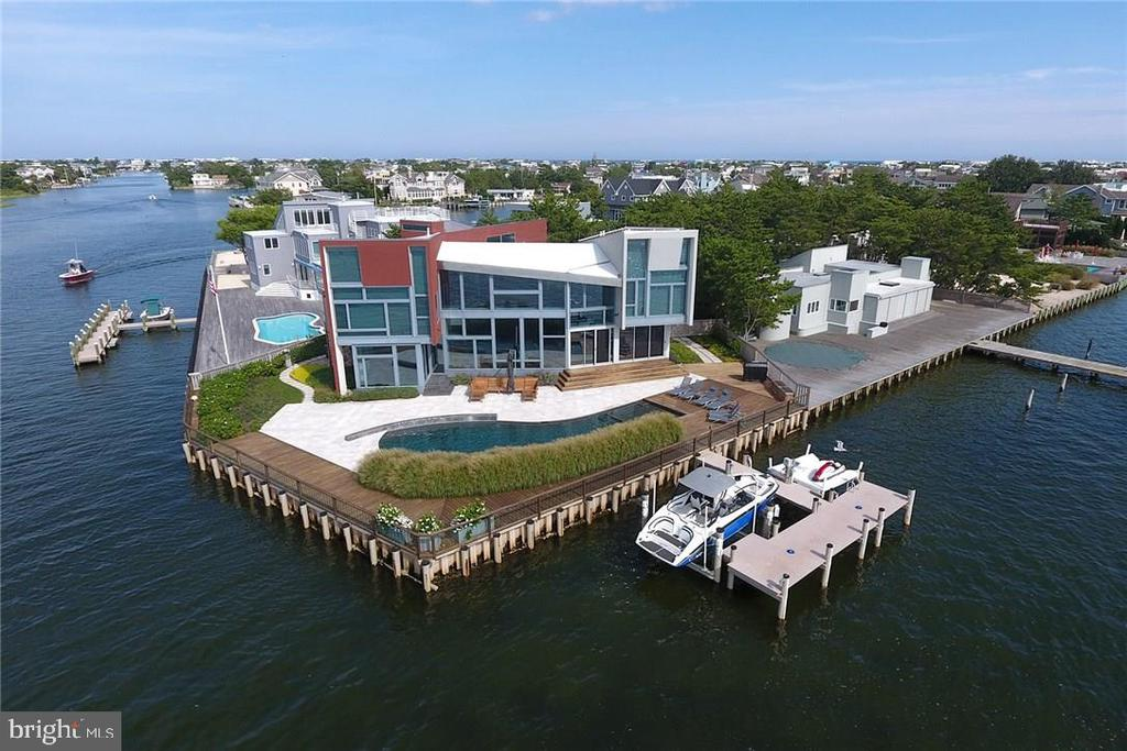 84-A  BAYVIEW DRIVE, Long Beach Island, New Jersey