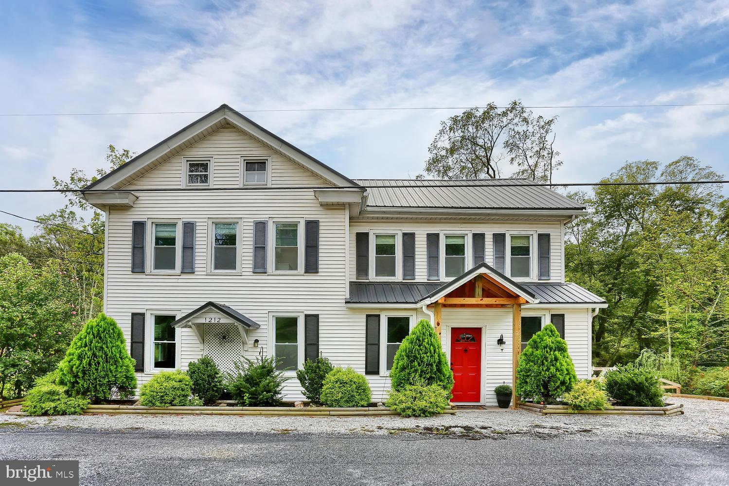 1212 RED HILL ROAD, DAUPHIN, PA 17018